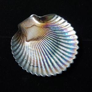 Iridescent shell dish